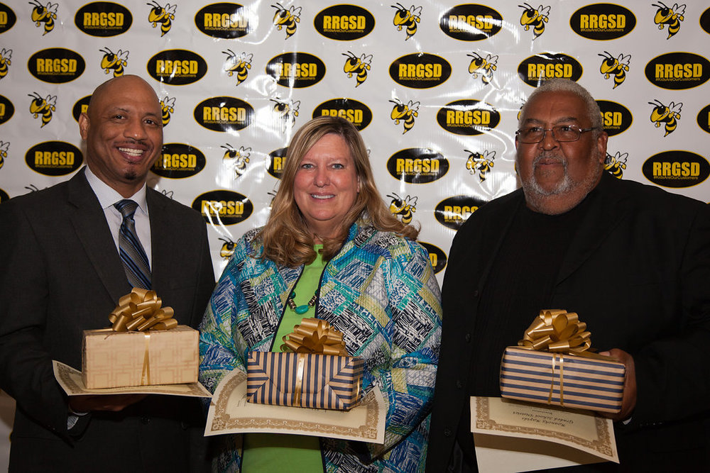 RRGSD Honors Retirees at Service Banquet