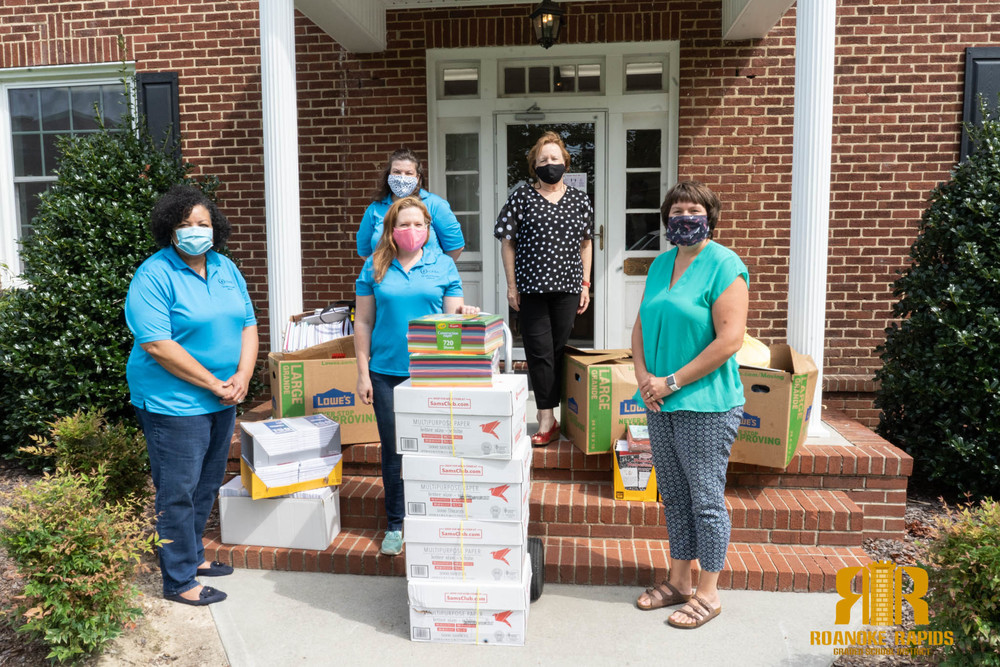 John 3:16 Center Donates School Supplies To Students In Need